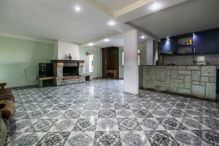 Country House - Tbilisi - Rumah