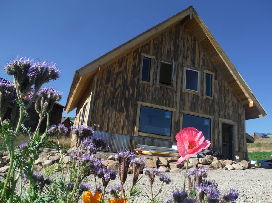 Cozy mountain ski home cabins for rent in crested butte for Ski cabin rentals colorado