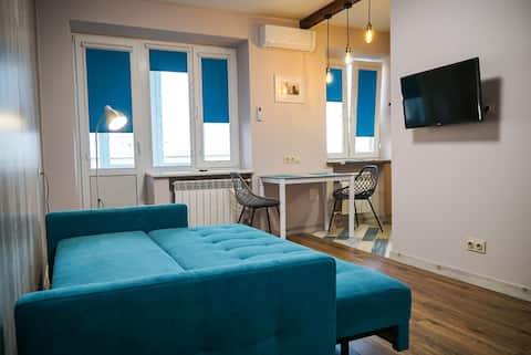 Aquamarine dream studio in a heart of Kyiv