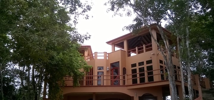 VILLA CAYO Rooftop Villa # 7