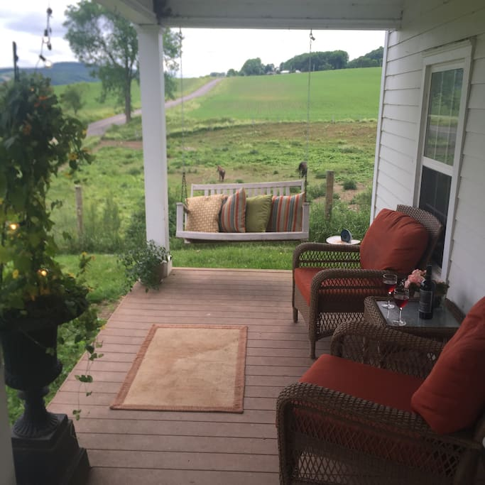 Places To Rent In New York: Funky Farmhouse Near Cooperstown
