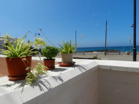 Beautiful house located 30m from the sea.