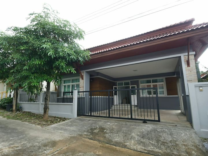 House with 3 bedrooms in Phuket Calm and Private