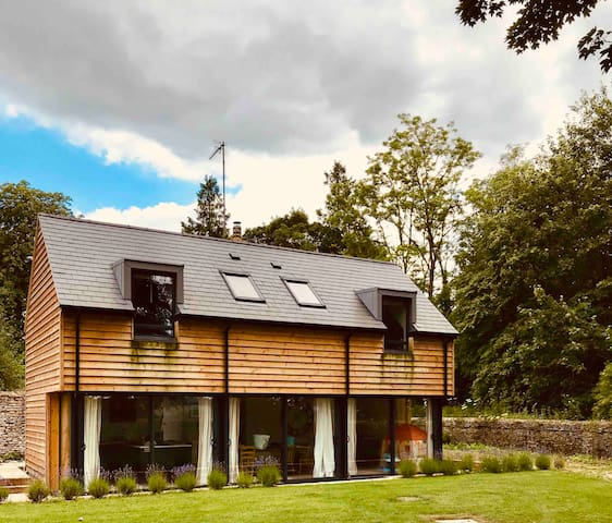 Beautiful spacious period property with log fires