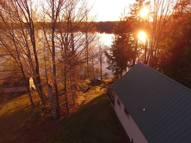 COLEMAN'S CABIN (McMillan, MI) East Lake: Sleeps 4, Private boat dock