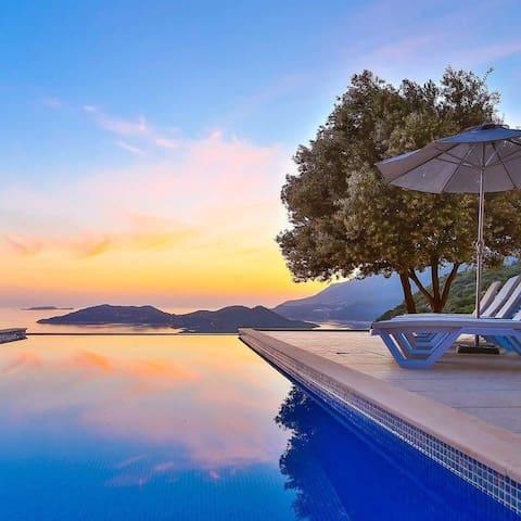 Sunset Butik Aparts-Two bedroom garden floor