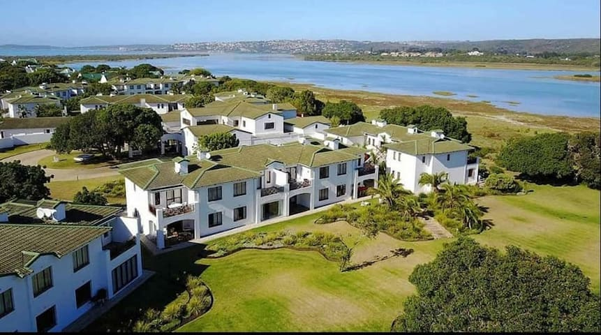 Apartment in Keurboomsriver, Plettenberg Bay