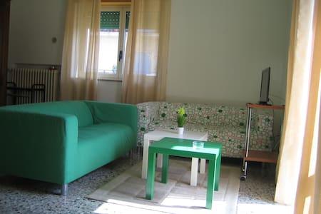 appartamento di fronte allo svincolo autostradale - Cosenza