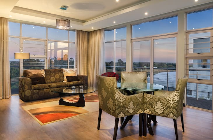 River view Suite - The Oasis