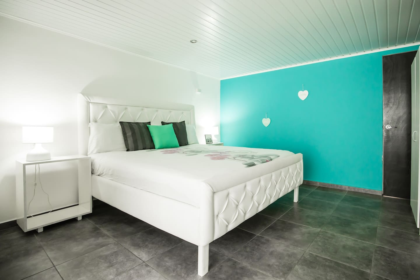Double Room with an extra large King Size bed