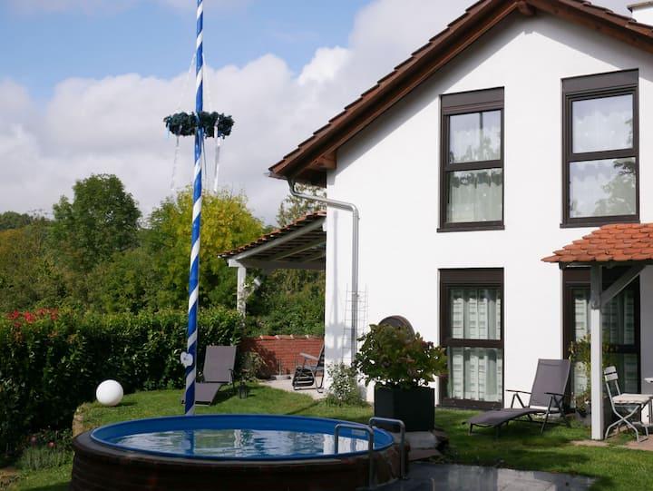 Ferienhaus Knodel, (Sachsenheim), Ferienhaus Knodel, 75 qm, 2 Schlafräume, max. 4 Personen