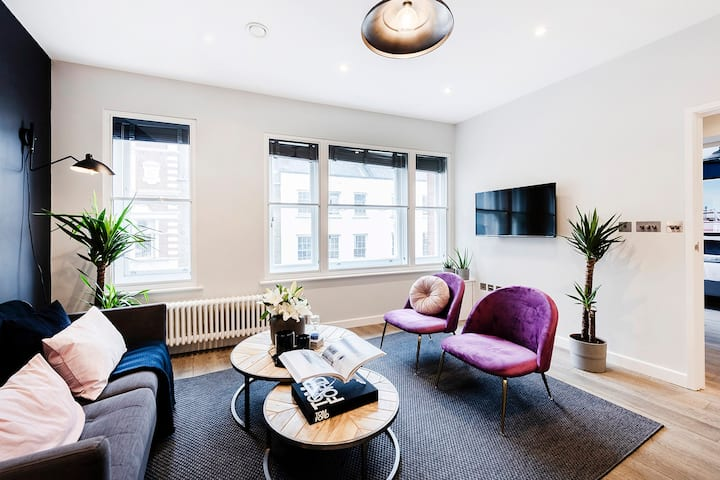 LUXURY BOUTIQUE ONE-BED LEICESTER SQUARE CHINATOWN