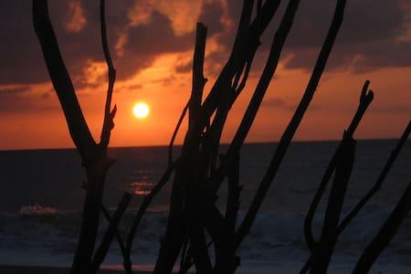 'Una finestra nel Sole' - Sicilia casa vacanze - Villafranca Tirrena