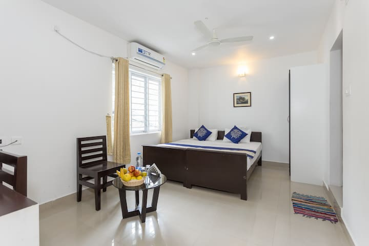 Executive Room Near Cochin Airport - Ernakulam - Bed & Breakfast