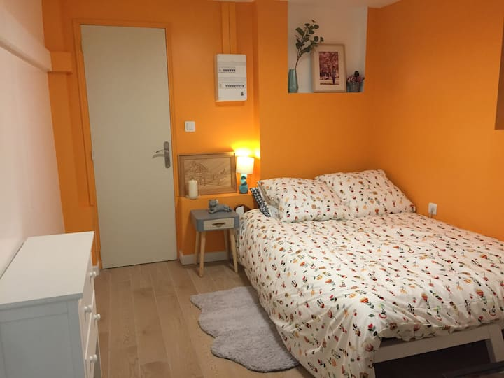 Cozy Appartement RER Laplace, Maison des examens