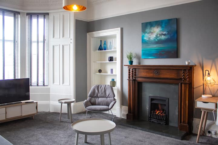 Anchored | Spacious Apartment in Glasgow's Southside