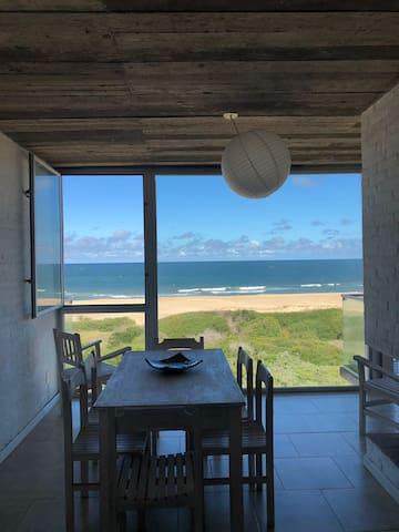 Apartamento en linea de mar a 5 Km de La Pedrera