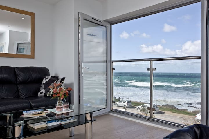 5 Fistral Beach, Newquay