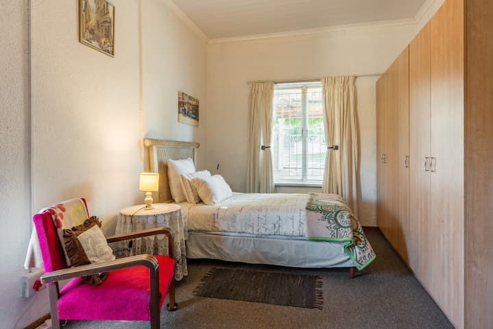 Bellville Self-catering Apartment