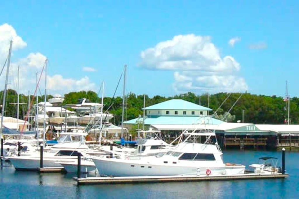 Pilot House Marina in Downtown Key Largo