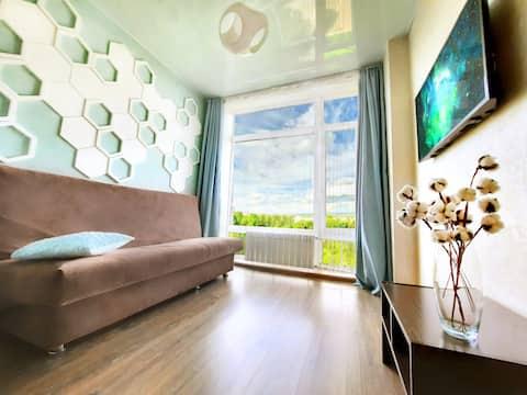 Уникальная двух Этажная квартира. Панорамный вид.