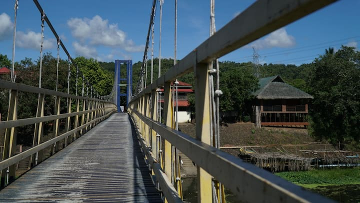 PAGSANJAN RIVERSIDE KUBO INSPIRED GUEST HOUSE