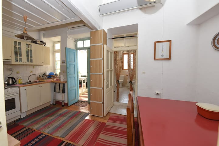 Ulysses's guest house - Ermoupoli - Appartement