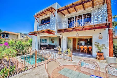 Casa Cali Seen on HGTV's Mexico Life! Ocean Views!