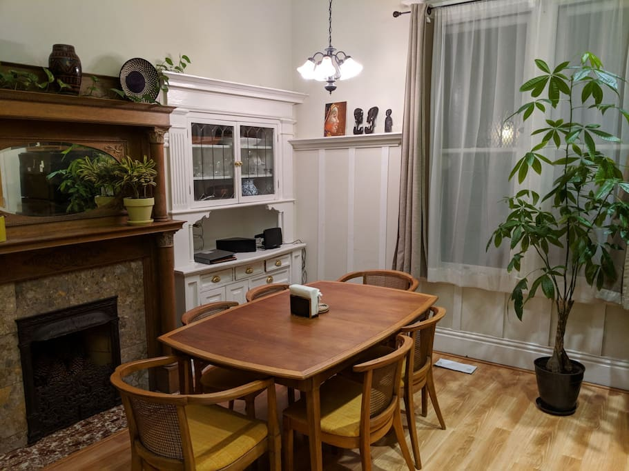 Comfy Classic Victorian 2 Bedroom Apartments For Rent In San Francisco California United