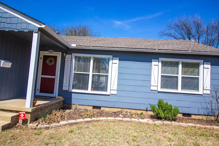 Walking distance to OU and Downtown Norman