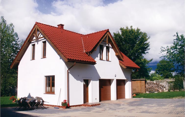 Holiday cottage with 3 bedrooms on 90m² in Silnowo