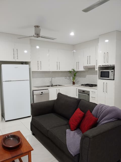 Modern and Comfortable 1 bedroom unit in Muirhead