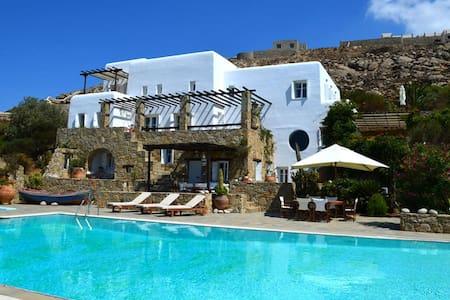 Villa Stigos - Platis Gialos - Villa