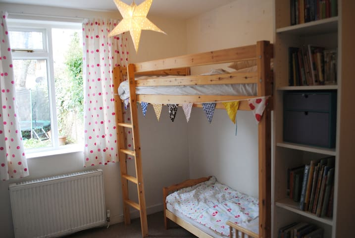 Bedroom 3 - high bed and toddler bed