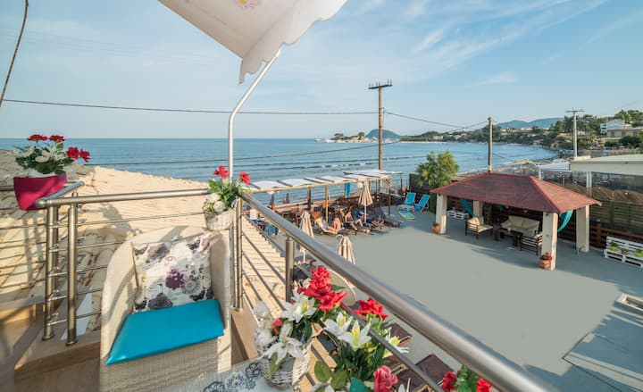 Luxury Apartment by the Beach & Centre of Laganas