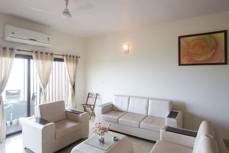 4BHK LUXURY SEA VIEW APT - Panjim