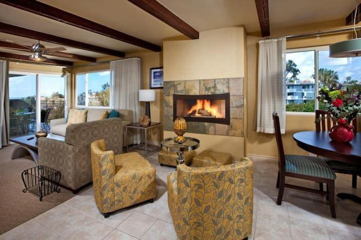 Four Seasons Pacifica Two Bedroom Condo