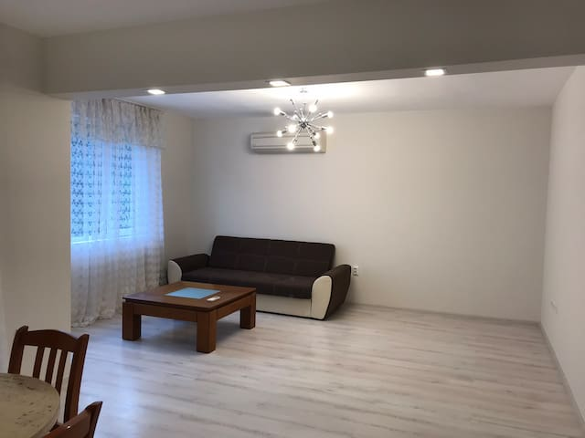 Cosy two bedroom apartment 15 min walk from center