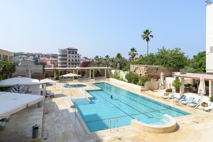 Andromeda Hill apt - Swimming pool+gym+parking