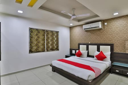 Super Deluxe Rooms in dwarka