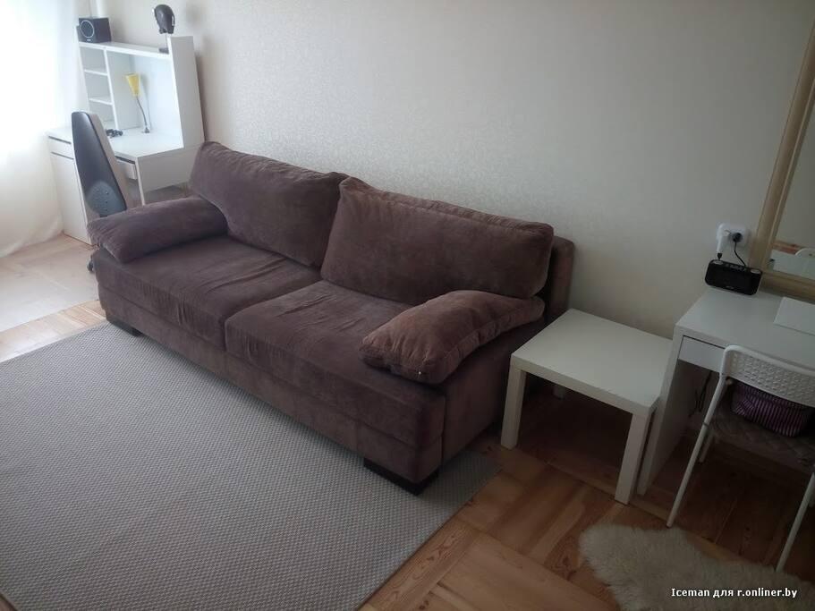 Sofa / Bed, working table — Диван-кровать и рабочее место