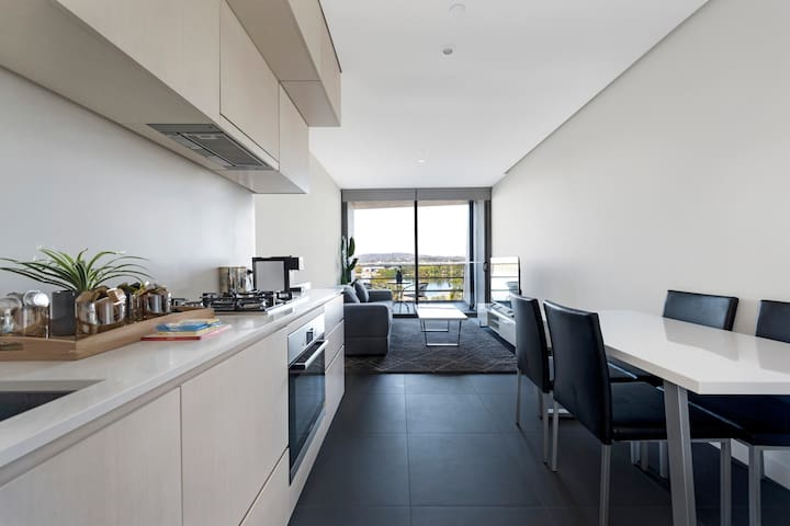 Canberra Luxury Apartment 7