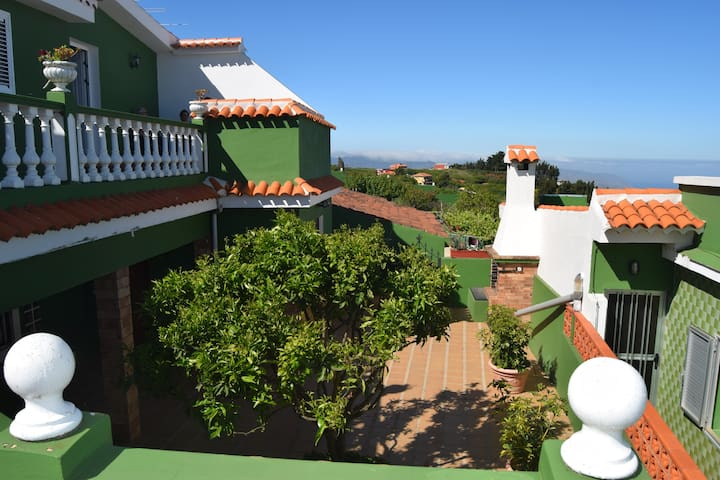 Preciosa Casa Rural Canaria rodeada de naturaleza! - La Esperanza - Huis
