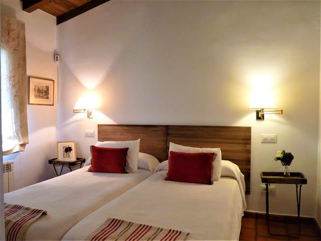 Dormitorio 4 / Bedroom 4