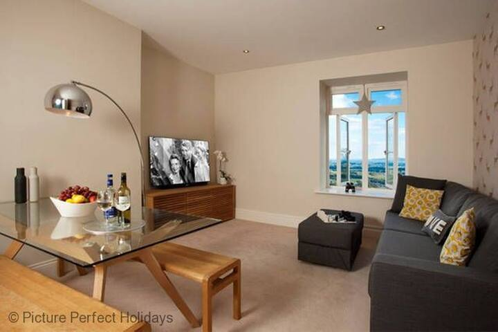 The Views, Luxury Apartment, Malvern, Sleeps 2 - Malvern - Apartment