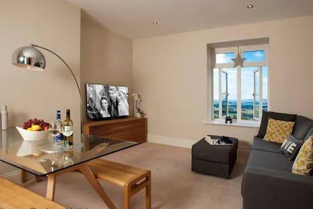 The Views, Luxury Apartment, Malvern, Sleeps 2 - Malvern - Apartament