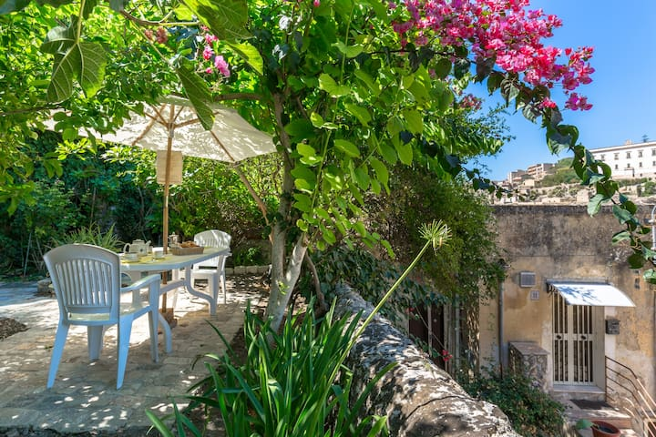 Sicilian Charme house with garden - Modica - Dom