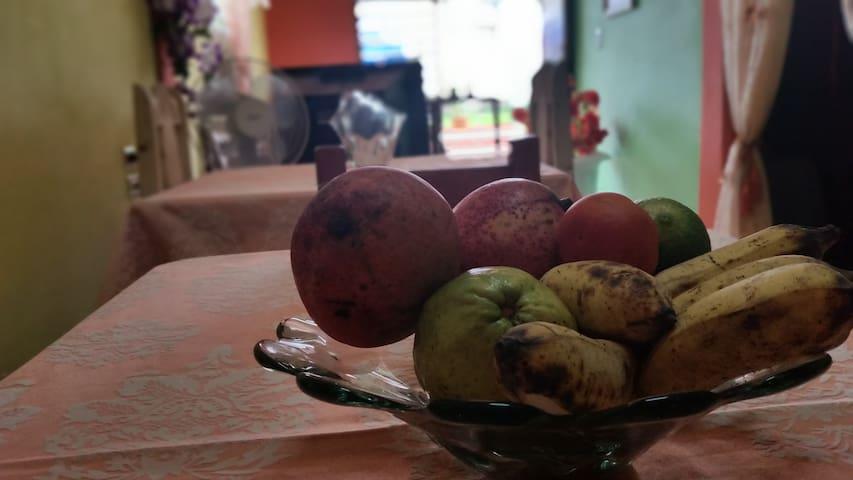 frutas naturales que ofertamos en la casa