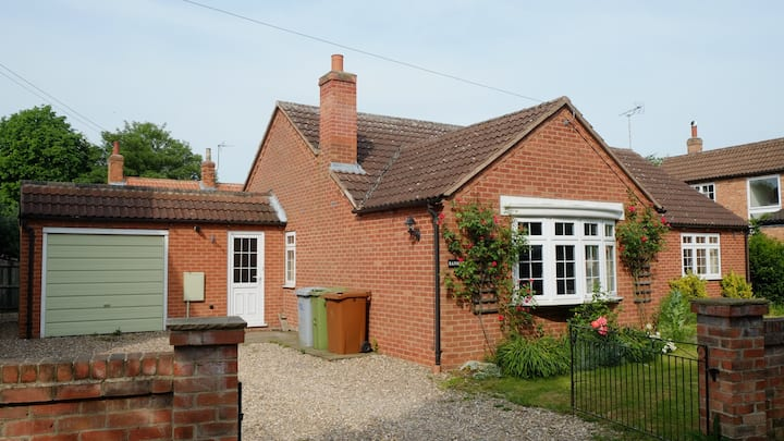 Peaceful modern cottage near Southwell