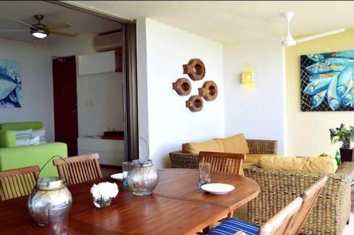 Beautiful exclusive beachfront apartment
